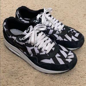 Nike air max 1 sz 10